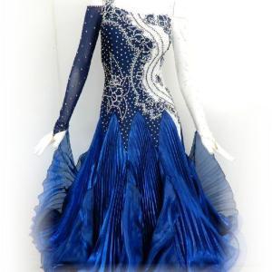 ツートンカラーのスタンダードドレス