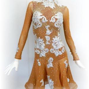 人気の正装ラテンドレス