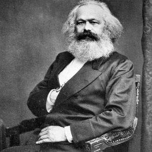 カール・マルクスが研究していたのは、「社会主義経済の研究」ではありませんwww