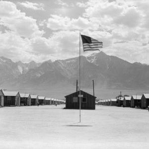 「陰謀論」にハマったアメリカ人が積極推進した「日系人の強制収容」
