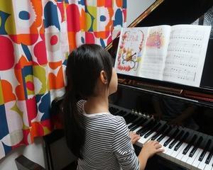 ピアノを始めたばかりの生徒さんも