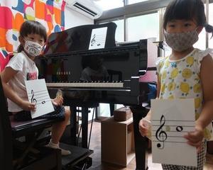 ピアノを始めて間もない生徒さんも