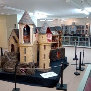 ハリポタも再現のミニチュアドールハウス展ーNZ冬休みの過ごし方