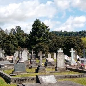 ニュージーランドでお墓参りに行ってきました!