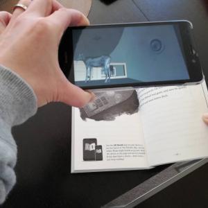 本の世界にいるみたい!拡張現実「AR」を体験できる絵本と小説