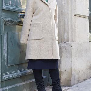 フードが付いたコートでトラッドスタイル