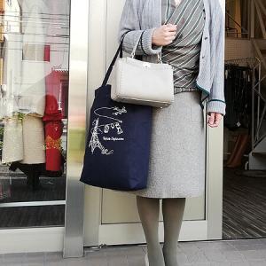 名古屋POP-UP Anneのカーディガンをジャケット代わりに