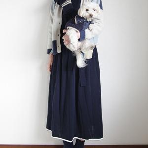 Kei Macdonaldの犬用ニットで親子コーディネート