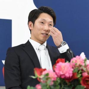 カープ西川龍馬、500万減の年俸6300万で契約更改「数字を見ればしょうがない」