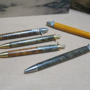 オリジナルボールペン・・・本花梨 瘤・・・ハワイアンコア・・・怪物クラスの軸の完成・・・