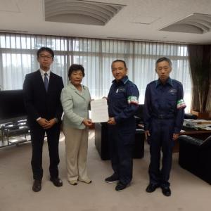 台風19号災害による被災者支援について、本村市長に緊急要望をおこないました