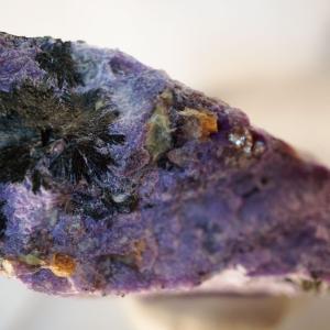 ロシアの石 チャロアイト