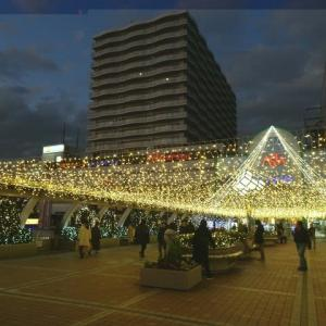 12月3日のまち 田無駅北口で