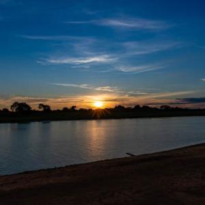 パラグアイ川の夕陽 5 HDR合成写真