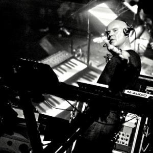 10/14 Thomas Dolby ~ Radio Silence