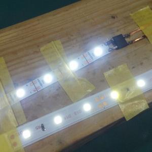鉄道模型用自作室内灯 5VテープLEDを検証してみた