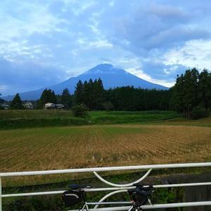 大野山&神奈川グルメライド(古民家カフェなたね、ブーランジェリー ヤマシタ、食欲の秋)