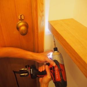 棚板をかっこよく壁に直付けする方法