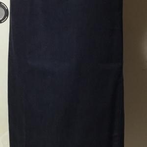 デニム生地でタイトスカートを