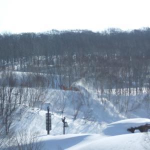 八幡平・焼山山塊・国見台スキー登山