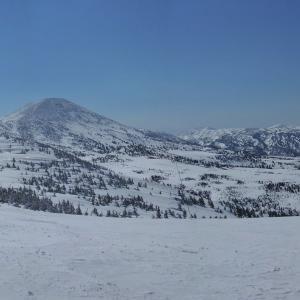 3週振りに稜線スキー縦走