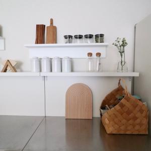 【キッチン収納】を増やす。賃貸OKの棚「壁美人」で簡単DIY+アメトピに感謝!