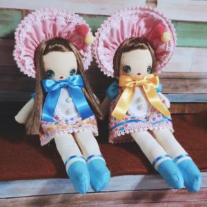久々の文化人形~帽子にキノコの赤さん~