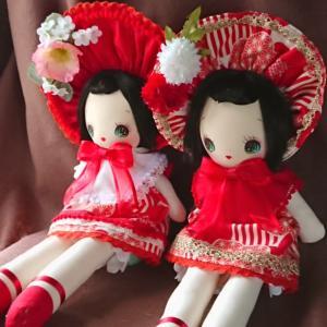 定番カラーの文化人形