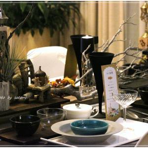 タイ料理のテーブルは・・・。