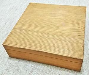 ホワイトブーケの木箱