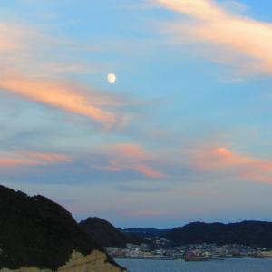 娘のバレエスタジオ 発表会 & 夕焼け雲