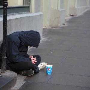 貧乏人が考えるホームレスの避難所受入れ拒否問題