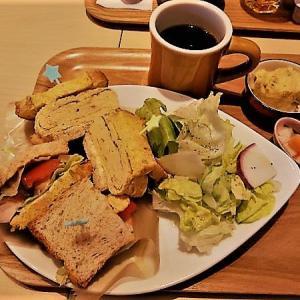 サンドイッチ ランチ (と入試近づく)
