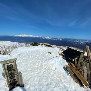 長靴で登山?!福井で人気の雪山 銀杏峰にノボル!