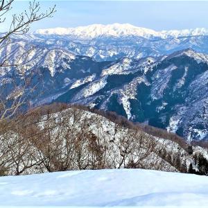 雪の白山を眺めに...福井 鷲ヶ岳にノボル