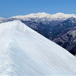 キレイな白山眺めに…荒島岳リベンジ登山!!