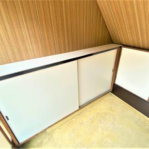 白いベニヤ板で 痛んだドア&壁 改善・・・