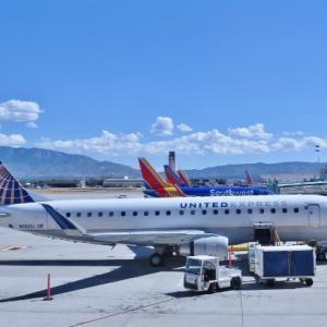 ホノルルの国際空港で保安検査~ フォークと手作り風パンを機内に持ち込みでき・・!?