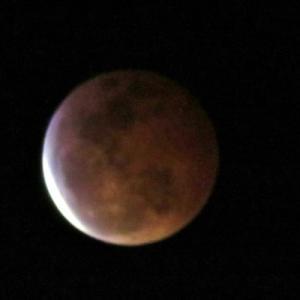 ハワイ、「皆既月食」がバッチリ! 5つの「スーパー・ブラッド・ウルフムーン」のパワーが・・!!