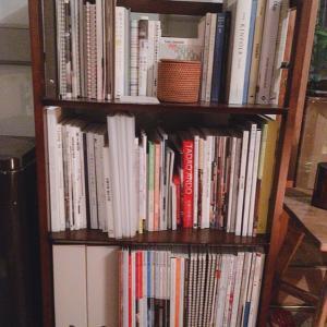 本棚を整える