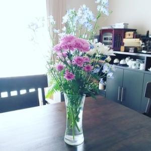 今日のお花『菊とデルフィニウム』