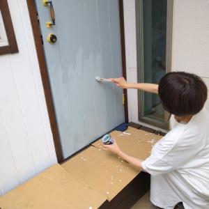 サンルーム仕上げついでに手洗い場の壁紙も塗装