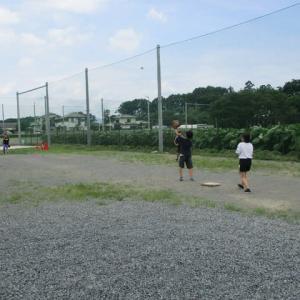 ソフトボールの練習