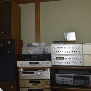 電源ケーブルのグレードを変えると音のグレードも変わる