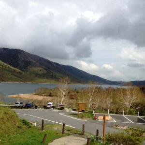 『野反湖に 冬過ぎ春が 到来し』野反湖川柳 イヨイヨ 最高だぜ。