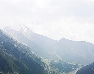 【子連れで中央アジアの旅 6】ビッグアルマティ湖までYandexタクシーを使って行く方法