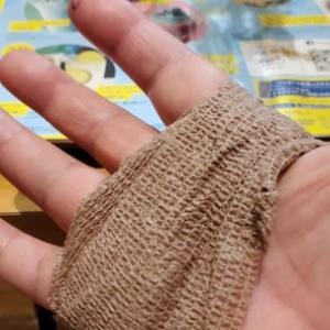 65、0     右手 バネ指手術