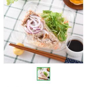 昨日のお昼ごはん。豚しゃぶのサラダとわさびいなり寿司