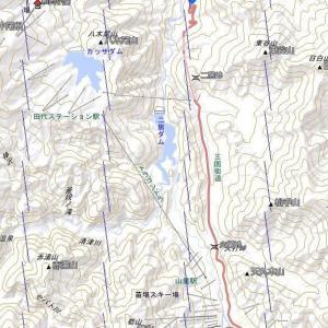 8月15日 湯沢の二居ダムと14日の向日葵。