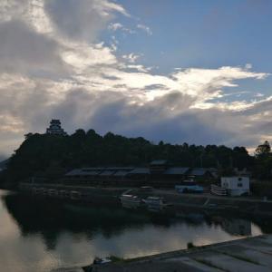 大型台風10号、嵐の前の静けさ???